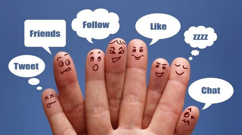 Fanpage facebook có nhiều tính năng.