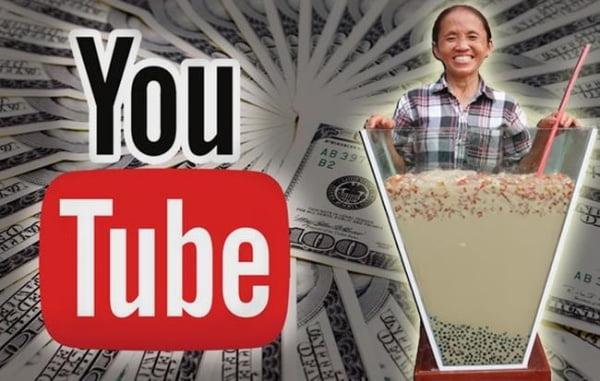 Kênh Bà Tân Vlog thu hút được hàng triệu lượt người đăng ký với nội dung hết sức đơn giản.